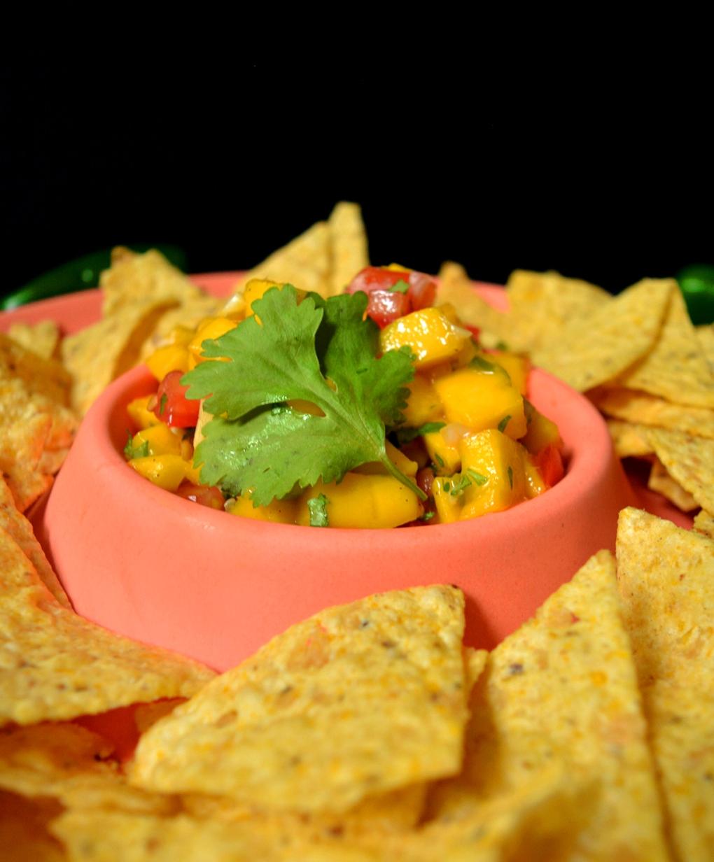 La divine salsa de mangues close up