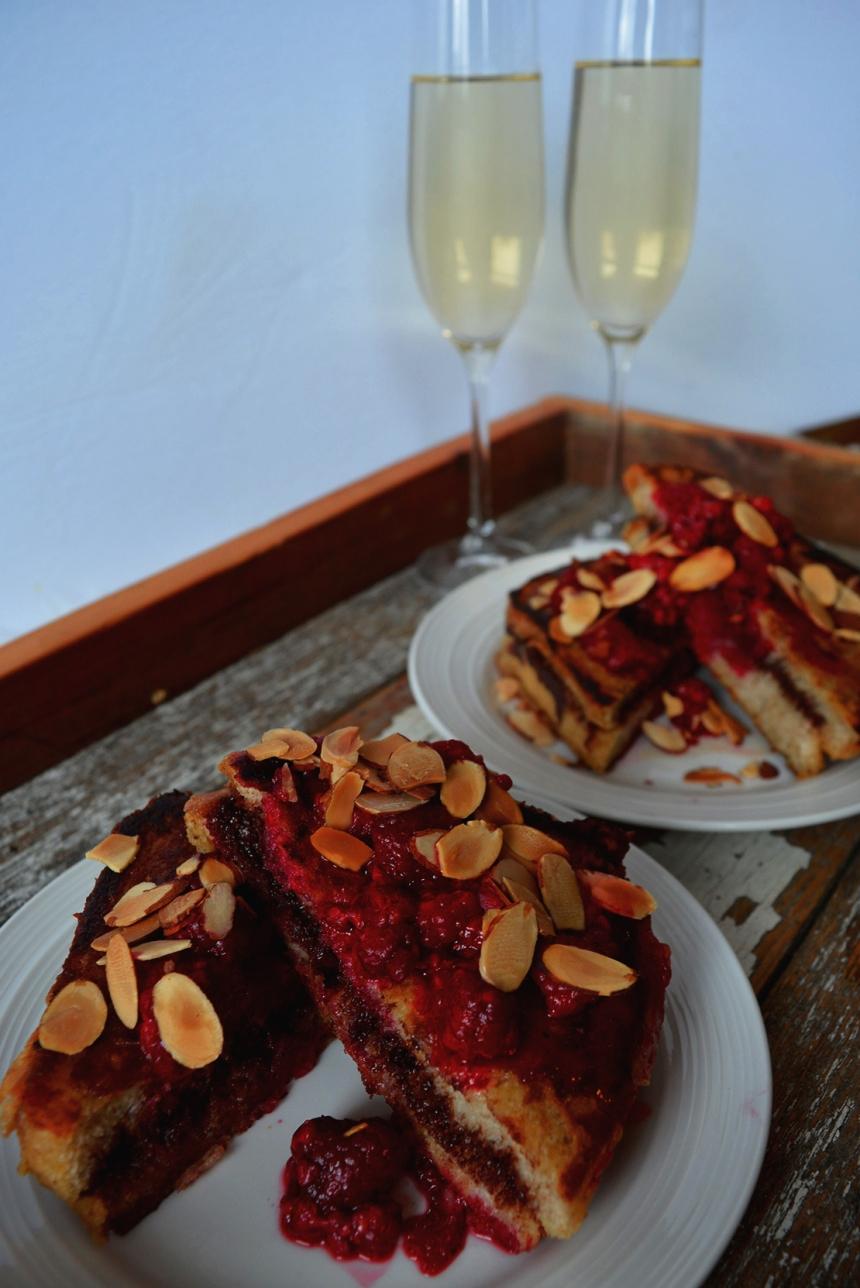 pain doré sandwich au lit brunch st valentin a deux