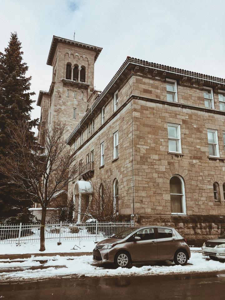 À la découverte de sous-sols d'Églises cachés de Montréal ; PlateauMont-royal
