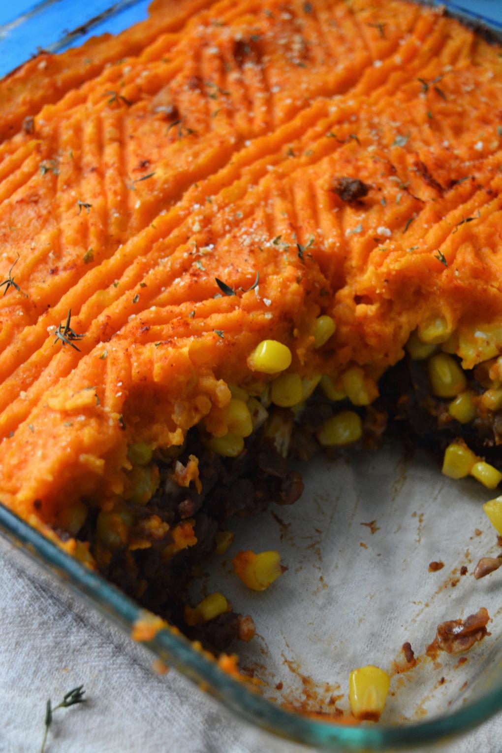pâté chinois végétarien service lentilles close up