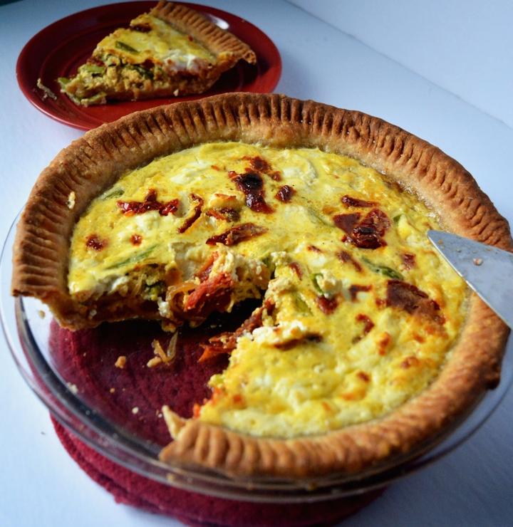 Quiche tomates séchées, asperges et fromage dechèvre